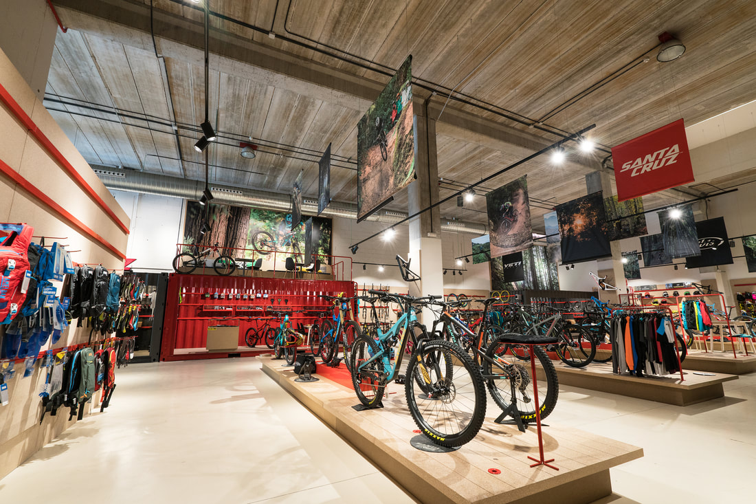 santa cruz bicycles concept store madrid