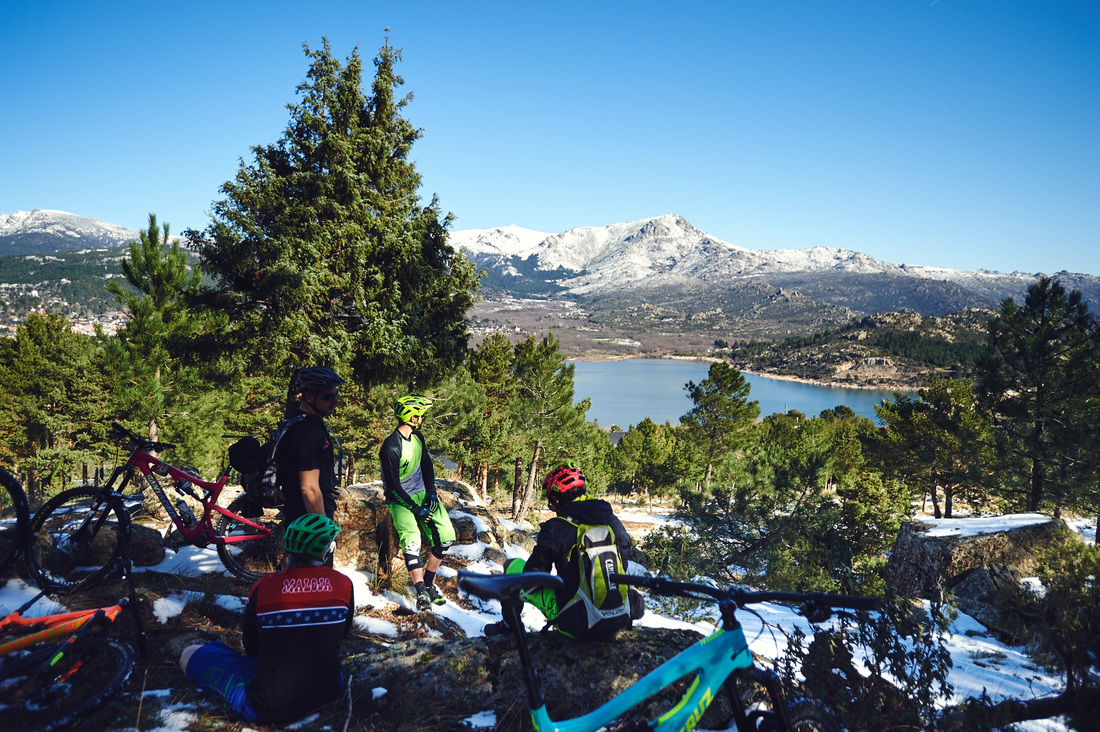 BlackTown Trails Madrid Mountain bike enduro holidays views